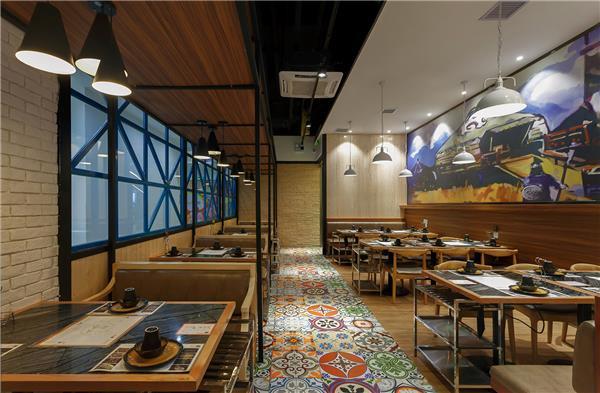 """羊蝎子火锅餐厅设计""""一米金脊""""将蒙古风情熬入火锅"""