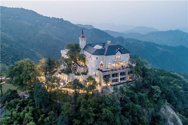 莫干山裸心堡酒店   上海天华建筑设计