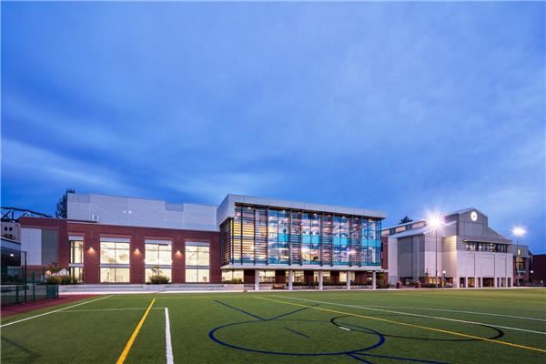 学生娱乐中心扩建和翻新