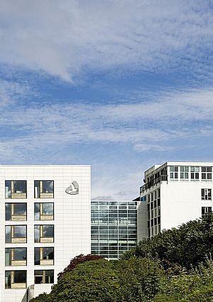 哈拉尔兹普拉斯医院 - 新病房大楼_3532861