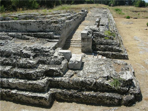 锡拉丘兹的希罗二世祭坛