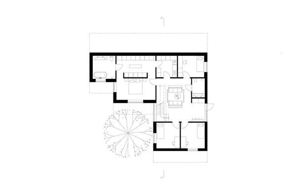 Grasshopper Studio and Courtyard