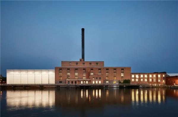 方寸建筑设计每周精品:JorgeB. Griffa运动大楼