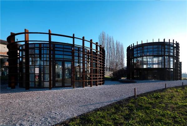 建筑疗愈,让美丽重新绽放——震后重建系列项目 · 体育与文化中心