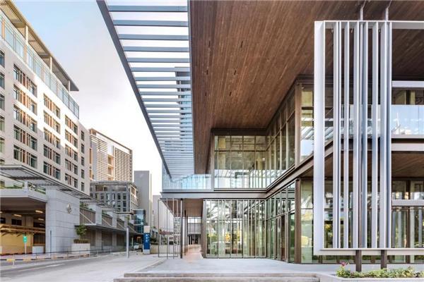 国际著名设计杂志 报道 10 Design 设计的迪拜国际金融中心 Coffee Zone 商业街
