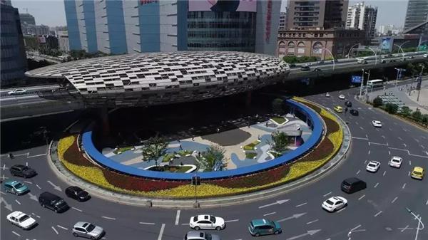 杨浦区五角场下沉式广场透水路面改造