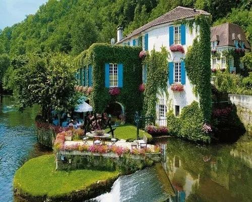 法国普罗旺斯乡村旅游