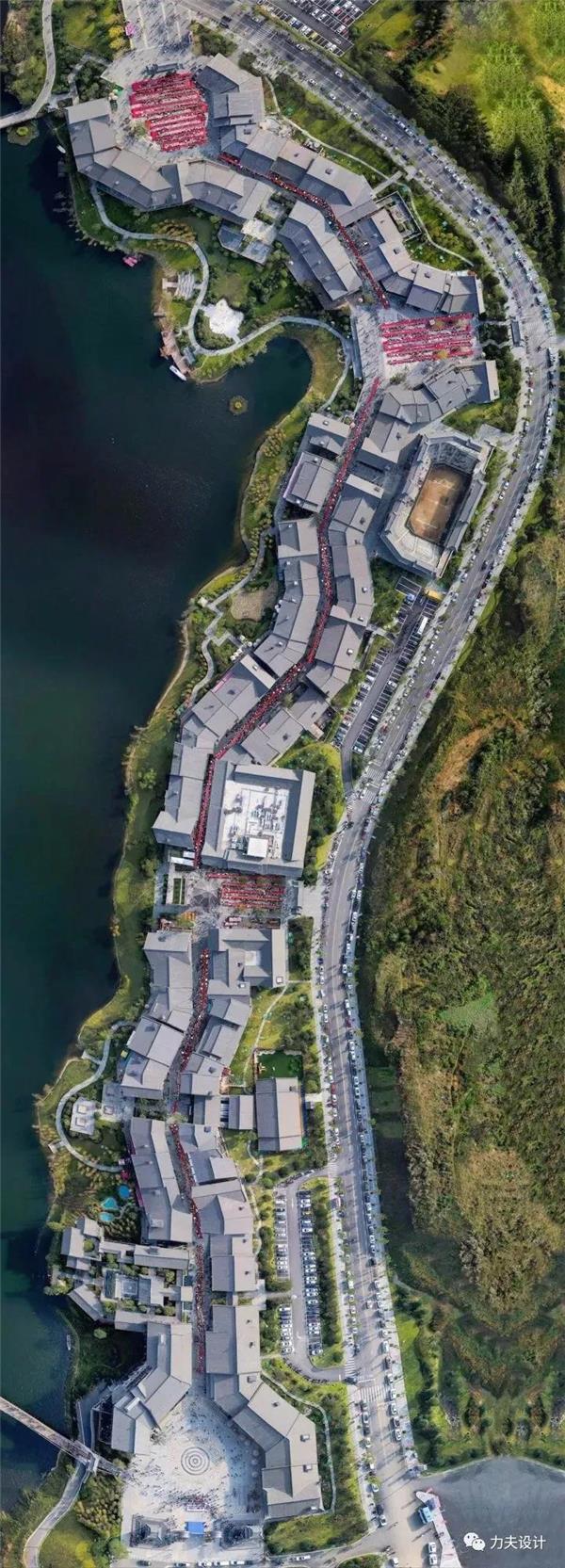 丹寨万达小镇的策划定位、建筑设计等剖析