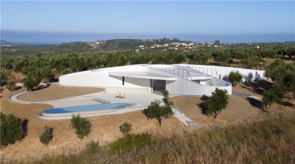 希腊KHI住宅|自然流畅的屋顶女儿墙#女儿墙 #孙女墙 #女儿墙建筑实景