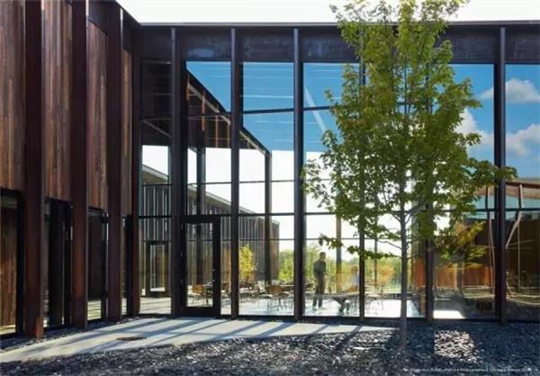 中空玻璃打造工业4.0智慧厂房