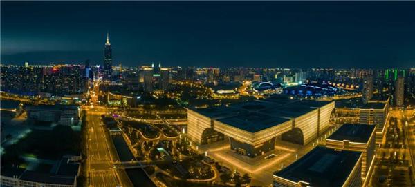 夜幕下的常州文化广场#文化广场 #广场 #常州