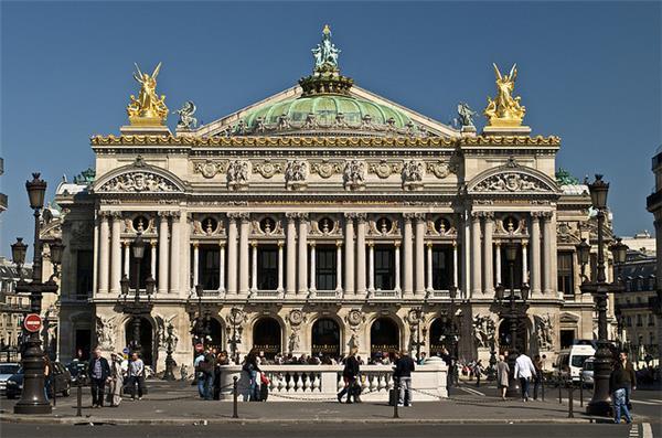 AD Classics: Paris Opera / Charles Garnier