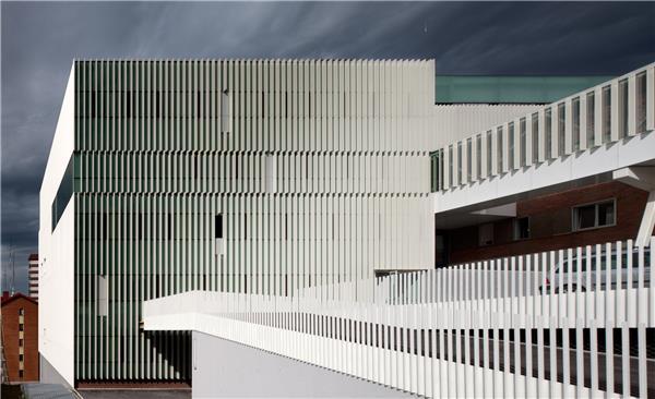西班牙Cruces医院综合服务大楼