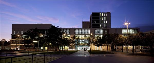 Sabadell医院扩建