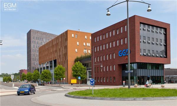 Albert Schweitzer医院 / EGM architecten