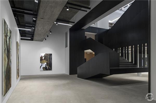 Saleh Barakat画廊
