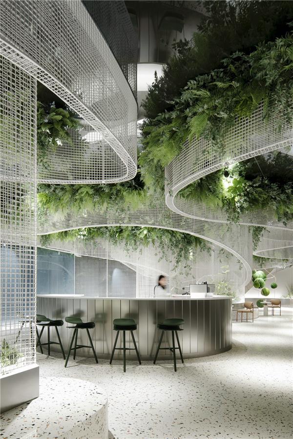 水上的白色花-- 超现实主义咖啡馆打造城市记忆封面_3488950