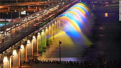 月光彩虹(Moonlight Rainbow)
