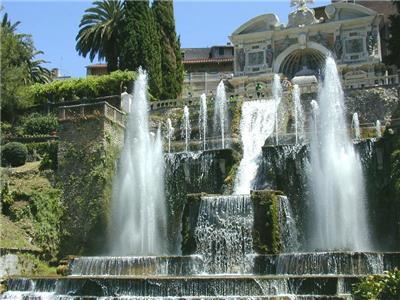 帝沃利之泉(Fontana di Tivoli)