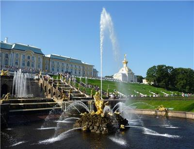 参孙喷泉(Samson Fountain at Peterhof Palace)